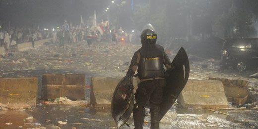 Wiranto, Menag, Johan Budi & Ustadz Arifin Keluar Istana Coba Tenangkan Massa Anti-Ahok