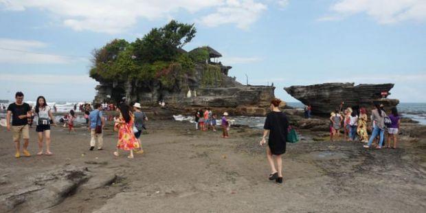 Januari-Agustus, 2 Juta Wisatawan Kunjungi Tanah Lot