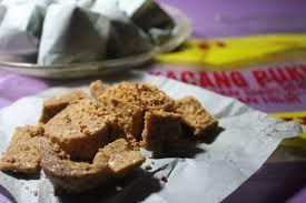 """Gurihnya """"Kacang Pukul"""", Alternatif Buah Tangan Khas Kota Bagansiapiapi Sejak Tahun 1950"""