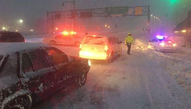 Badai Salju yang Mengerikan Lumpuhkan Amerika, 19 Warga Tewas