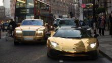 liburan-ke-london-wisatawan-arab-bawa-mobil-berlapis-emas