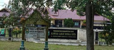 Pemotongan Tunjangan Jabatan Oleh Camat Dinilai Kangkangi Perbup Seorang Asn Di Kantor Camat Bungaraya Buat Surat Terbuka Ke Bupati Siak Potretnews Com