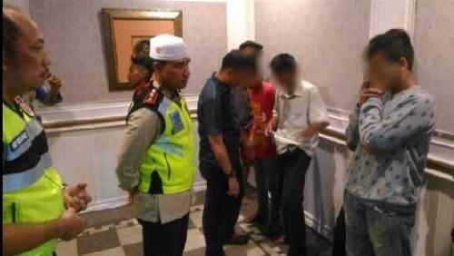 "Astaga, Remaja di Pekanbaru Ini Bukannya Khusyuk Ibadah Malah ""Indehoi"" di Bulan Ramadan"