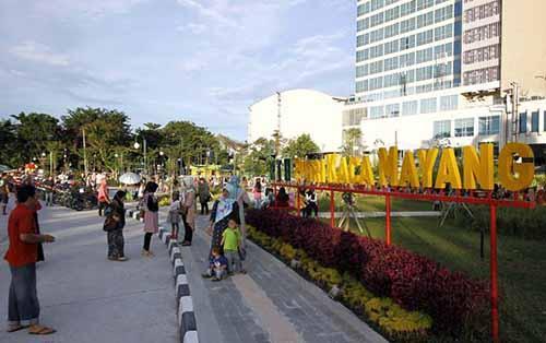 Baru Dibuka, Taman Kota Putri Kaca Mayang Jadi Idola Kekinian Warga Kota Pekanbaru