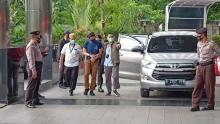 bekas-orang-terkaya-di-indonesia-ditangkap-kpk-di-kedai-kopi