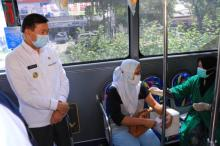 pemkot-pekanbaru-gencar-percepat-vaksinasi-bus-vaksinasi-disebar-menjangkau-semua-kecamatan