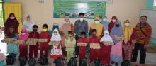 peduli-kehidupan-wali-murid-keluarga-besar-sdn-1-bengkalis-berikan-bantuan