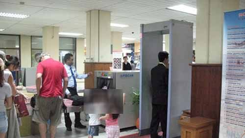 Oknum Brimob Ketahuan Bawa Sabu 2,9 Gram saat Lewati <i>X-Ray</i> Bandara SSK II Pekanbaru