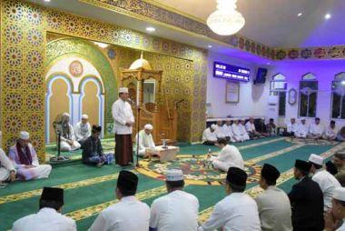 bupati-hm-wardan-ajak-umat-islam-inhil-salat-subuh-berjemaah-di-mesjid-seperti-zaman-rasulullah