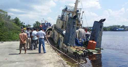 Kapal Marcopolo 129 Tenggelam di Sungai Siak Pekanbaru, 1 Pelajar Pelayaran Asal Aceh Hilang