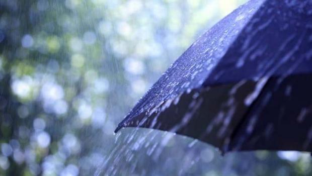 Alhamdulillah, Pekanbaru Diguyur Hujan, Warga: Semoga Asap Kebakaran Hutan Hilang…