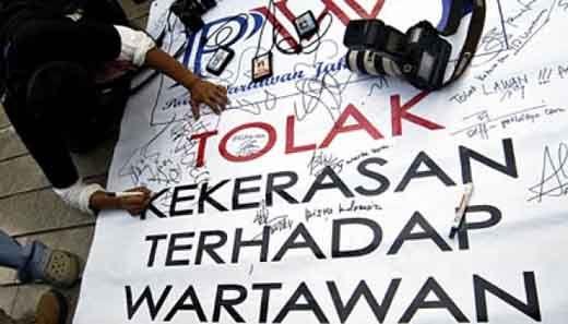 Karena Beritakan Janji Politiknya Ditagih Warga, Oknum Wakil Ketua DPRD Inhil Dikabarkan Teror Seorang Wartawan