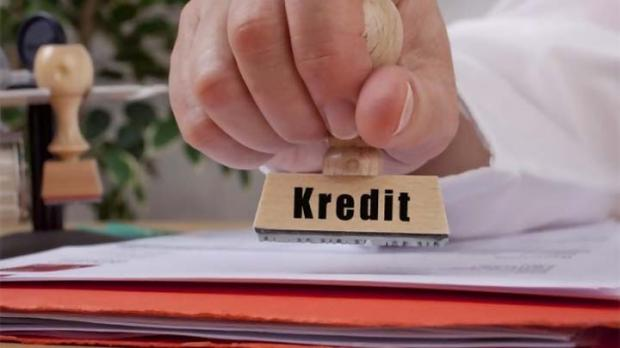 Eks Kacab Bank Riau Kepri Rokan Hulu Diperiksa Kejati sebagai Tersangka Kredit Fiktif Rp43 Miliar