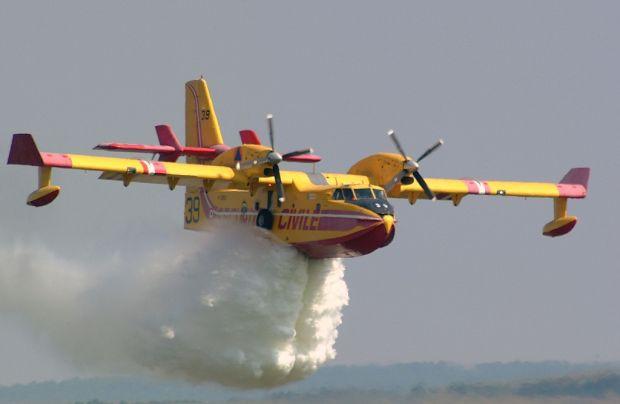 Meluas ke Wilayah Timur, Pesawat Rusia dan Malaysia Diminta Lagi Bantu Padamkan Kebakaran Hutan