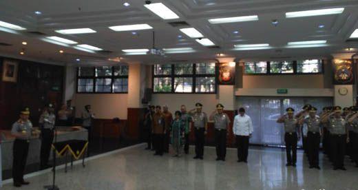 Kapolda Riau Zulkarnain Adinegara Resmi Sandang Bintang Dua, Wakilnya Bintang Satu