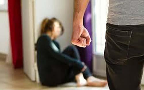 Kalap lantaran Ajakan Berhubungan Badan di Dapur Ditolak, Pria di Pekanbaru Ini Tendang dan Usir Istrinya
