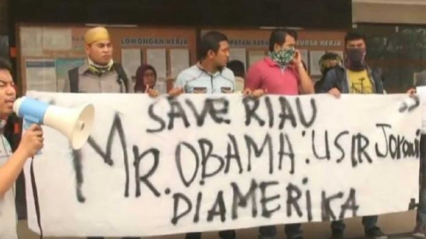 Tinggalkan Indonesia saat Kabut Asap, Warga Pekanbaru Minta Obama Tolak Kedatangan Jokowi