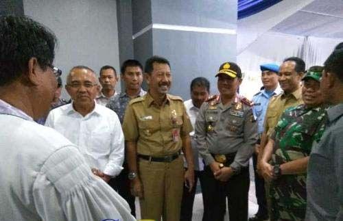 Ibadah Malam Natal Berlangsung Aman, 2 Jenderal Turun Langsung Dampingi Gubernur Riau Pantau 3 Gereja di Pekanbaru