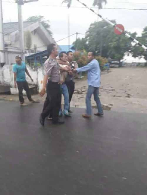 Motif Pelemparan Bom Molotov di Kantor Bank Riaukepri dan BNI Cabang Tembilahan yang Lokasinya Dekat Markas Polisi karena Sakit Hati