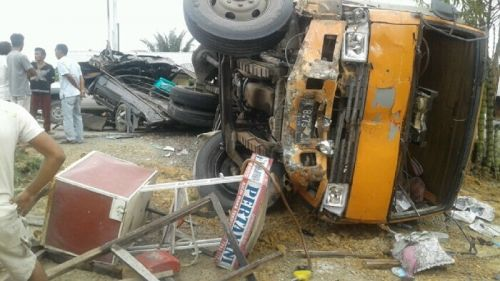 Kumpulan Foto Kecelakaan Maut Lintas Pekanbaru Duri