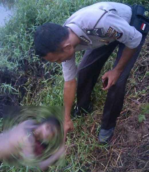 Hasil Autopsi Jenazah Pencari Ikan yang Ditemukan di Kolam Bekas Galian C Dusun Pasirjambu Rohul, Polisi Menduga Korban Meninggal Karena Dibunuh